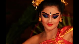 getlinkyoutube.com-Balinese Legong Dance - Ubud, Bali
