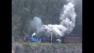 getlinkyoutube.com-Steam action at the Zig Zag Railway, NSW Blue Mountains.