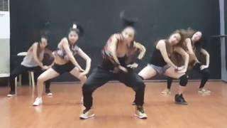 Mek it Bunx Sexbomb Girls (dance Cover)
