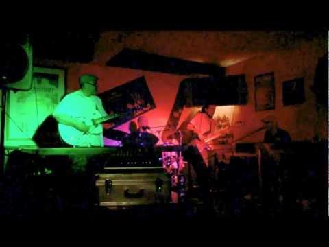 TONY CERQUA GANG live at MOE'S PUB (8.6.2012)