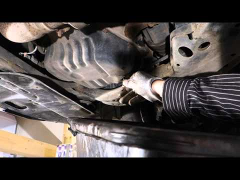 How to replace engine oil and filter Toyota 2AZ-FE