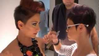 getlinkyoutube.com-Tvpersia.Paniza Making-Of Foto Shoot for Schwarzkopf GHDAward2012 in Sexy-Hair-Studio