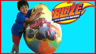 getlinkyoutube.com-BLAZE AND THE MONSTER MACHINES TOYS Nickelodeon Golden Giant Egg Surprise Opening