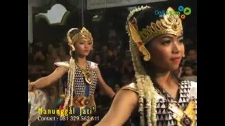 getlinkyoutube.com-Jathilan MANUNGGAL JATI Babak Putri Nyi Ageng Serang