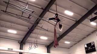"getlinkyoutube.com-12 Year Old Girl Performs ""Silks"" For Her School 40' In The Air!"