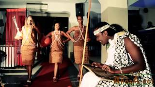 getlinkyoutube.com-Umurundikazi (Official Video) by Yvan Mziki (www.akeza.net)