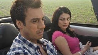 getlinkyoutube.com-Pinky Moge Wali Full Video Song Darmiyaan   Neeru Bajwa, Gavie Chahal - Mohit Chauhan
