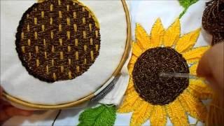 getlinkyoutube.com-Centro Girasol 1 | Como bordar un girasol