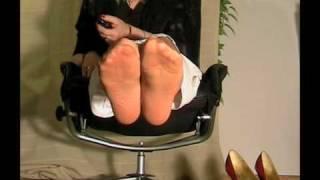 getlinkyoutube.com-red peeptoe heels and tan nylons