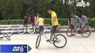 getlinkyoutube.com-Thuần phục xe đạp không phanh Fixed Gear | VTC