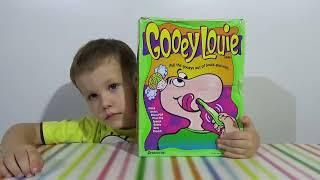 getlinkyoutube.com-Сопливый Луи играем в игру сюрприз Gooey Louie have fun in game