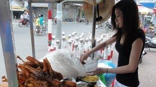 getlinkyoutube.com-cute Vietnam girl at duck Restaurant(สาวเวียดนาม)