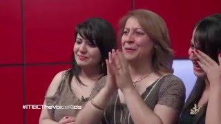 The Syrian girl Ghena who cried millions - effective song ! - with English Translation