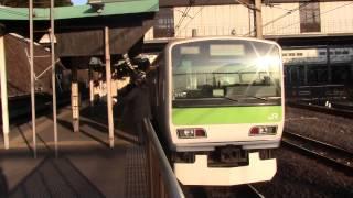 getlinkyoutube.com-【山手線】内回り日暮里入線発車 メガネ美人女性車掌の発車メロディ