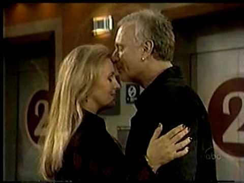 GH - Luke and Laura 2002 - Laura Lost p.7