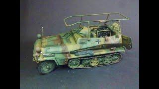 getlinkyoutube.com-Sdkfz 251/3  Funkpanzerwagen 1/35 scale repainted