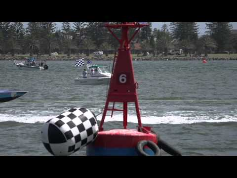 Round 3, 2012 - 2013 Nautilus Marine Ski Racing Championship - Newcastle JAN 26-27 Highlights