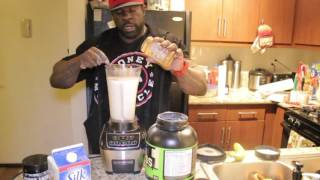 getlinkyoutube.com-2,700 + CALORIE SHAKE (HYPHY SHAKE)  w/ Kali Muscle
