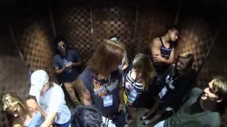 getlinkyoutube.com-Пукает в лифте / Pooter in the Elevator