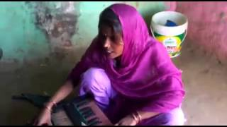 getlinkyoutube.com-New bhojpuri desi song  (maharajganj)