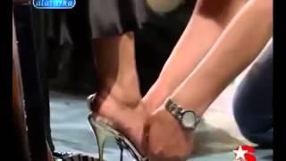 Turkish Celebrity Feet Ebru Gündeş feet