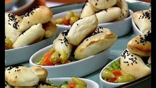 getlinkyoutube.com-فطاير الجبنة - منال العالم