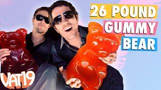 getlinkyoutube.com-The 26-Pound Gummy Bear