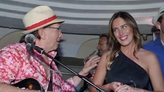 Capri. Mariaelena Boschi un week-end caprese con tappa alla Taverna Anema e Core