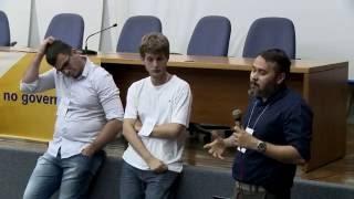 FOSS 4GIS GOV 21 Mesa Redonda