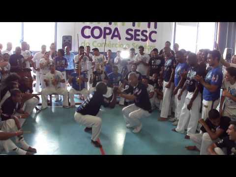 20111217 BATISMO BESOURO MANGANGÁ Mestre Brasilía e Mestre Lobão