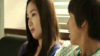 getlinkyoutube.com-CUTE YS Pulls Nana to the Couch && Leans on Her (CITY HUNTER Ep. 15)