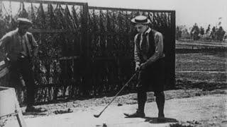 getlinkyoutube.com-Charlie Chaplin & Buster Keaton in GOLF ANTICS