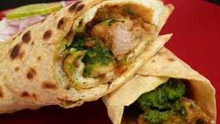 getlinkyoutube.com-Chicken Kathi Roll (Chicken Frankie) Indian Recipe