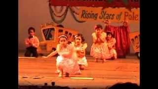 getlinkyoutube.com-Importance of School Life Group Dance Performance by Keerti Kamra and Other Students