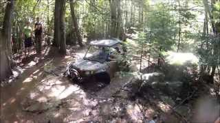 getlinkyoutube.com-Rzr Xp 900's, Commander 1000 and Rzr S climbing out of deep hole