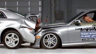 getlinkyoutube.com-Mercedes C-Class VS Chevrolet Malibu - CRASH TEST