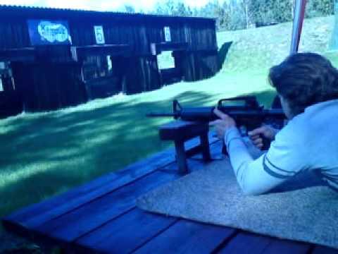 Strzelanie M4, KBK AK Tactical