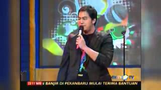 getlinkyoutube.com-Standup Comedy Show Metro TV   Pandji Pragiwaksono