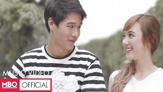 getlinkyoutube.com-[Official MV.] อาจเป็นเพราะ (Because of you) - Ploychompoo (Jannine W)