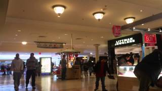 getlinkyoutube.com-How to Pick Up Girls at the Mall FAST