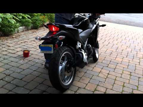2011 Honda CBR250R Stock Exhaust Versus Yoshimura Slip-On Exhaust