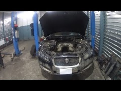 Где находится в Jaguar XJ ремень кондиционера