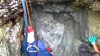 getlinkyoutube.com-yamashita treasure concrete seal tunnel entrance..mp4