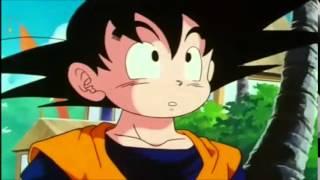 getlinkyoutube.com-Goku regresa del Otro Mundo y por primera vez conoce a su hijo menor Goten