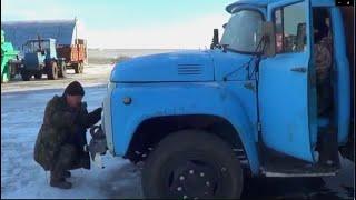 getlinkyoutube.com-8-Д.Запуск ЗИЛ-130.Цепляем прицеп к МТЗ-1221В.Выезд на Т-150К с зимовки.