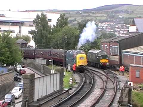THRASH from 55019 ''Royal Highland Fusilier'' departs  Keighley on the KWVR diesel gala 2011.