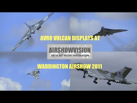 (HD) AVRO VULCAN XH558 - WADDINGTON AIRSHOW 2011 (airshowvision)