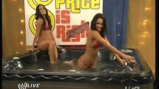 getlinkyoutube.com-Nikki Bella and Brie Bella in a Hot Tub