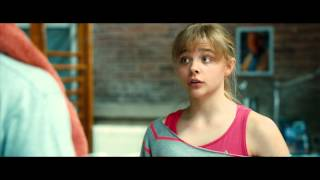 getlinkyoutube.com-Kick-Ass 2 - Chloe Grace Moretz is Hit Girl