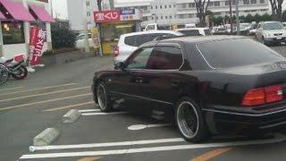 "getlinkyoutube.com-【涙腺崩壊】ひたすら""あおり運転""をしてくるヤクザ風の黒い車…"